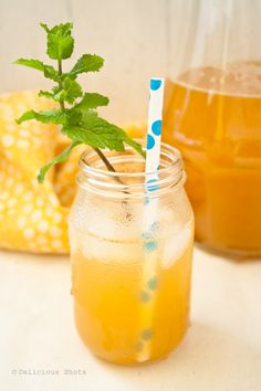 Peach iced tea (different flavored teas or other beverages for those who don't do coffee) Refreshing Drinks, Summer Drinks, Fun Drinks, Healthy Drinks, Beverages, Non Alcoholic Drinks, Cocktail Drinks, Cocktails, Tea Recipes