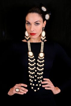 Peris Complementos #joyas #complementos #jewellery #accesories #design #Andalucia #flamenco #baileflamenco #gitana #feriadeabril #flamenca #Sevilla #moda #fashion #earrings #bijoux www.periscomplementos.com