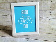 Darling bike printable, perfect for any room! #printable #bikes