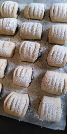 Makové minizáviny z kyslej smotany. , recept, Koláče | Tortyodmamy.sk Bread, Cookies, Mini, Basket, Crack Crackers, Brot, Biscuits, Baking, Breads