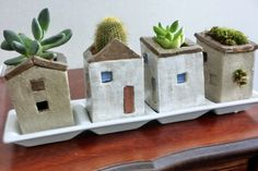Little Houses Plant Growing on a roof,My Work Click the link to visit our site Clay Houses, Ceramic Houses, Ceramic Planters, Ceramic Clay, Ceramic Pottery, Pottery Art, Ceramics Projects, Clay Projects, Diy Clay