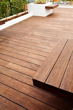 Bamboo decking from dasso.XTR Best Picture For brown bamboo flooring For Your Taste You are looking for something, and it is going to tell you exactly what you are looking for, and you didn't find tha Decking Panels, Bamboo Decking, Bamboo Plants, Deck Skirting, Bamboo Building, Moso Bamboo, Porch Flooring, Fast Growing Plants, Small Backyard Landscaping