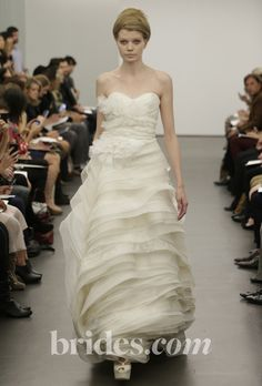 Vera Wang Wedding Dresses Fall 2013 Collection - Browse through the new range of wedding dresses signed Vera Wang for the fall of 2013 and select your new season dream wedding gown as the vast selection of designs can instantly hypnotize! Wedding Dresses Photos, Fall Wedding Dresses, Colored Wedding Dresses, Wedding Dress Styles, Designer Wedding Dresses, Bridal Dresses, Wedding Gowns, Vera Wang Bridal, Vera Wang Wedding