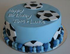 Football / soccer birthday cake Soccer Birthday Cakes, Cool Birthday Cakes, Football Birthday, Football Soccer, 4th Birthday, Cupcakes, Cupcake Cakes, Theme Sport, Soccer Ball Cake