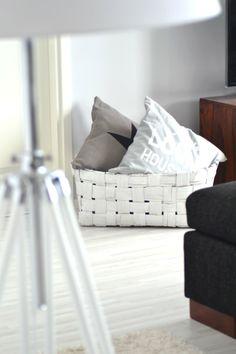 <3 Throw Pillows, Home, Deco, Toss Pillows, Cushions, Ad Home, Decorative Pillows, Homes, Decor Pillows