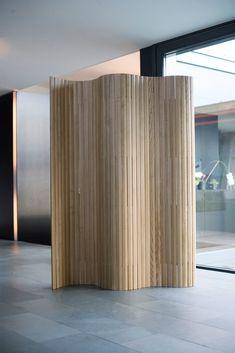 B ro bereich trennwand system falten papier zuk nftige for Holzvertafelung wand