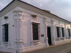 La Blanquera. Esta hermosa casa colonial, que hoy es símbolo emblemático de la cultura cojedeña, es una bella edificación barroca colonial tiene sus orígenes en la segunda mitad del siglo XVIII.