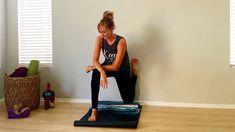 Hip Flexor Anatomy Counter the Effects of Sitting with Stetching - Yoga Journal Bikram Yoga, Iyengar Yoga, Yin Yoga, Vinyasa Yoga, Yoga Sequences, Yoga Poses, Wall Yoga, Quad Stretch, Tight Hip Flexors