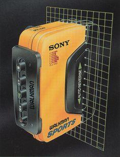 "neontalk: ""🎼Airbrush by Luis Molina Sony Walkman Sports … Via Chrome&Lightning … 80s Design, Graphic Design, Design Art, Retro Art, Retro Vintage, Light Grid, Arte Cyberpunk, Vaporwave Art, 80s Aesthetic"