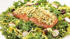 This Delicious Almond Crusted Salmon Salad is the perfect mix of healthy and a treat! I am a huge fan of the Salads at The Cheesecake Factory and I can& wait to try this one! Healthy Menu, Healthy Dishes, Healthy Eating, Healthy Recipes, Healthy Habits, Tahini, Fried Macaroni And Cheese, Cheesecake Factory Recipes, Salmon Salad Recipes