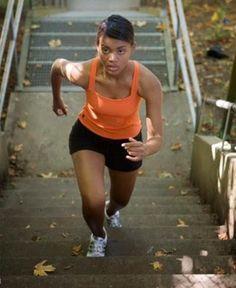 Perder gordura na região do quadril e das coxas, ou diminuir o culote, é um dos maiores desafios das mulheres que seguem firme um program...