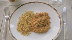 Você só pode dizer que ama mesmo strogonoff depois de provar essa versão vegetariana! #receita #vegano #aprenda #diy #prato #pratoprincipal #receber #almoço #jantar #façavocêmesmo #receita #receitafácil Veggie Recipes, Vegetarian Recipes, Cooking Recipes, Healthy Recepies, Going Vegetarian, Carne, Food Porn, Good Food, Food And Drink