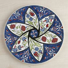 . Turkish Plates, Turkish Art, Turkish Tiles, Tile Murals, Tile Art, Pottery Painting, Ceramic Painting, Ceramic Plates, Ceramic Pottery