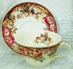Johnson Brothers Devonshire Jumbo Large Cup and Saucer Antique Dishes, Vintage Dishes, Vintage Tea, Teapots And Cups, Teacups, Spode Woodland, Autumn Tea, Johnson Brothers, Vintage Pottery