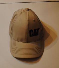 ca4588df11d43  5.00 CAT Hat Caterpillar Hunting Fishing Tan   Brown NWOT  CATERPILLARCAT