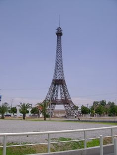 Eiffel Tower replica in Durango, Mexico.Did not know about this..hmmm