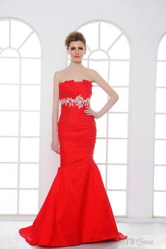 Modern Trumpet/Mermaid Strapless Floor-Length Court Appliques Anna's Bridal Gown