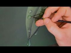 How to paint easy bubbles and water droplets - Time Lapse Demo by Lachri - YouTube More