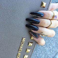 #nails by @sannaandren_nailcare