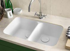 Corain Arbeitsplatte Von DuPont Werten Die Kücheneinrichtung Auf. Der  Mineralwerkstoff Zeichnet Sich Durch Hervorragender Funktionalität Aus.