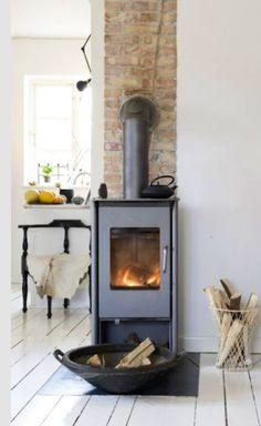 Fireplace.  Copywright: mechantdesign