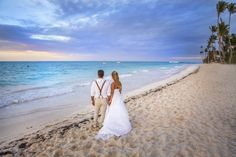 #weddingdress #wedding #boda #puntacana #landscape #weddinginspir #sunset #weddinginpiration #weddingpuntacana #love #amor