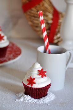 Red velvet cupcakes (cupcakes de terciopelo rojo) Cupcakes de navidad