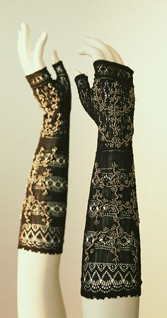 Mitts - 1830s - The Kyoto Costume Institute