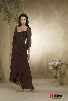 Just a great dress, love the layers and lightness of the dress