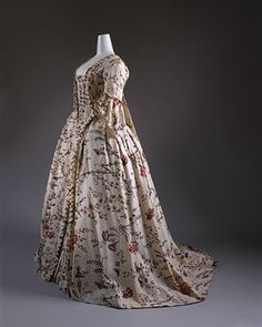 Robe a la francaise [French] (C.I.64.32.3a,b) | Heilbrunn Timeline of Art History | The Metropolitan Museum of Art