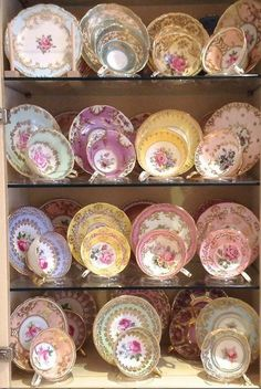 The power of cup & saucer display stands!
