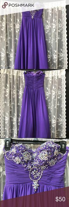 Prom dress Prom dress worn once in 2014. Bee Darlin Dresses Prom