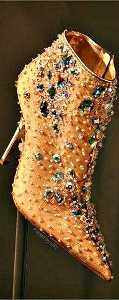 The Millionairess Of Pennsytlvania:  I love a bedazzled ankle bootie in gold by Rene Caovilla | LBV ♥✤