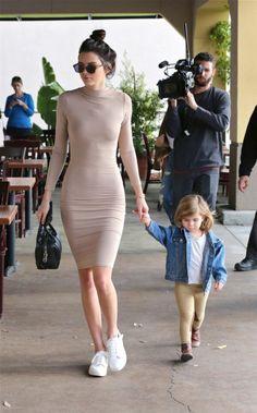 1/11/16 - Kendall & Penelope in Calabasas.