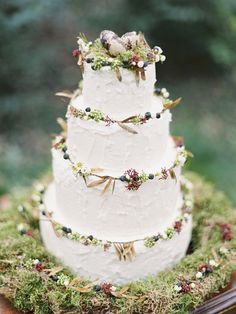 Rustic Cake with Moss Decor by French Made London | Spring Wedding Inspiration Shoot | Kathryn Hopkins Photography | http://www.rockmywedding.co.uk/winter-brings-spring/