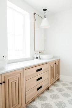 #EuropeanOrganicModern: New Home Tour Master Bathroom + Closet Reveal!