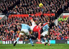 Soccer – Barclays Premier League – Manchester United v Manchester City – Old Trafford Premier League Goals, Premier League Champions, Barclay Premier League, Manchester United Football, Manchester City, Football Man Utd, Man Utd Fc, Wayne Rooney, Soccer