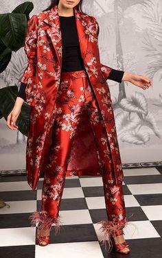Get inspired and discover Johanna Ortiz trunkshow! Shop the latest Johanna Ortiz collection at Moda Operandi. Fashion Week, Look Fashion, High Fashion, Fashion Design, Fashion Trends, Winter Fashion, Fashion Fashion, Luxury Fashion, Fashion Tips