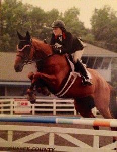 See why judge Rob Gage loves this horse's knees!