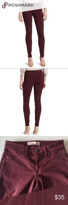 • Joy skinny jeans • Waist measures 14 inches. Inseam is 28 inches. In excellent used condition. No rips stains or holes. Color is burgundy. CJ by Cookie Johnson  Jeans Skinny