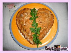 En güzel mutfak paylaşımları için kanalımıza abone olunuz. http://www.kadinika.com Patatesli kapalı kalp tart  #tbt #tart #pie #patateslitart #yummy #food #nomnom #foodrecipe #SevinçinLezzetDefteri  #yemektarifleri #Sevom_World  #foodporn #foodphotography #likes4likes #followme #sunumönemlidir #istanbul #turkey #international #numberone #beautiful #taste #healthy #icon_stagram #hungry #mutfakgram #patateslikapalıkalptart #instagood #instafood #instalike