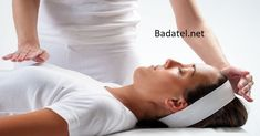 How does Reiki affect my body? Discover what you can expect during the Reiki treatment and what effect Reiki has on your body. Reiki is a natural form of healing… Self Treatment, Acupressure, Acupuncture, Formation Reiki, Usui Reiki, Cho Ku Rei, Reiki Therapy, Massage Therapy, Reiki Symbols