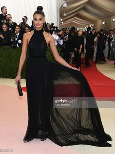 Model Taylor Hill attends the 'Manus x Machina: Fashion In An Age Of Technology' Costume Institute Gala at Metropolitan Museum of Art on May 2, 2016 in New York City.