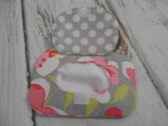 Just Like Mommy - Chic Bitty Baby Doll Diaper Bag, Blanket, Wipes, Diapers, and… Sewing Projects For Kids, Sewing For Kids, Baby Sewing, Sewing Crafts, Sewing Ideas, Craft Patterns, Doll Patterns, Sewing Patterns, Baby Doll Diaper Bag