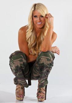 Barbie Blank, Rebecca Quin, Wrestling Divas, Latest Images, Wwe Divas, Wwe Superstars, Harem Pants, Beautiful Women, Celebs