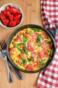 Slimming Slimming Eats Syn Free Speedy Breakfast Frittata - gluten free, dairy free, Slimming World and Weight Watchers friendly - Lunch Recipes, Healthy Dinner Recipes, Cooking Recipes, Free Recipes, Healthy Options, Delicious Recipes, Syn Free Breakfast, Breakfast Recipes, Breakfast Ideas