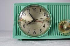 Vintage Sea Green Motorola Alarm Clock Radio