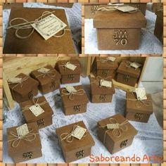 Lembranças... Caixa em mdf, envelhecida, contendo um kit de frutas secas e amendoas.  #jm70 #caixas #lembrancinhas #rustico #envelhecida #mdf #mdfpintada #paraguardar #recordacao #70anos #mimos #party #festadecorada #saboreandoarte