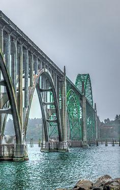 ˚Yaquina Bay Bridge - Newport, Oregon