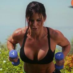 http://www.gymra.com/blog/tricepchristine/ - Free Video Workout: Best Tricep Exercises For Women